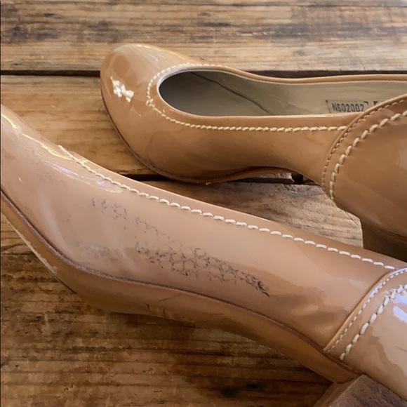 Attilio Giusti Leombruni shoes Berry color suede and